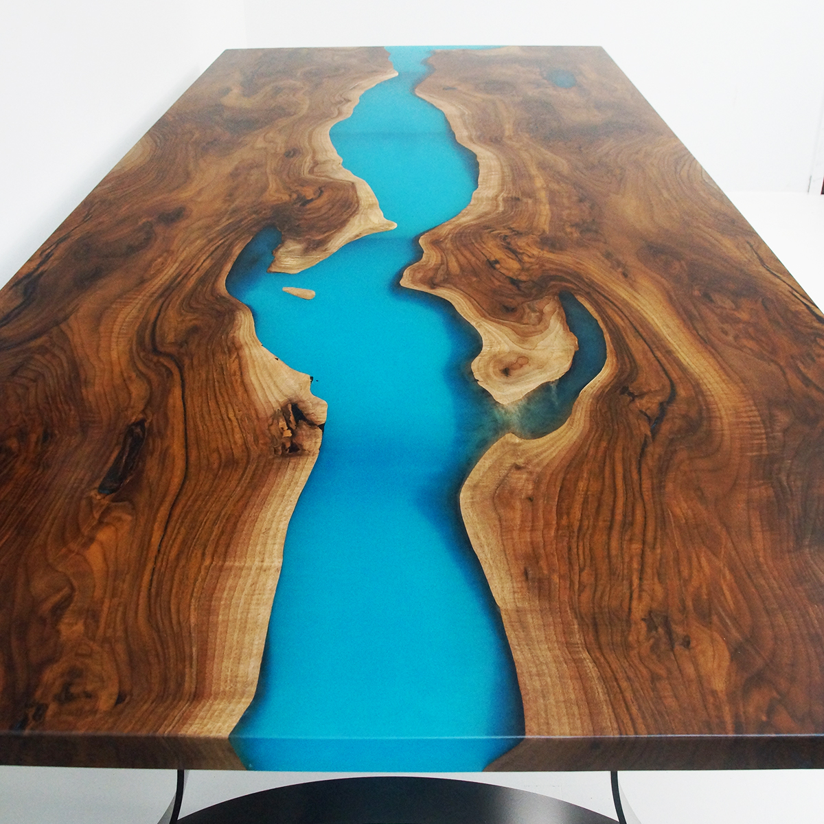 Epoxy Resin Dining Table With Turquoise Resin And Seats 8