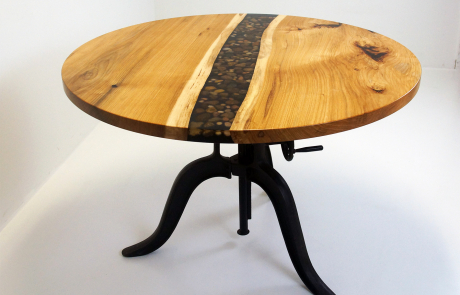 Round River Rock Rock Kitchen Table With Clear Epoxy Resin